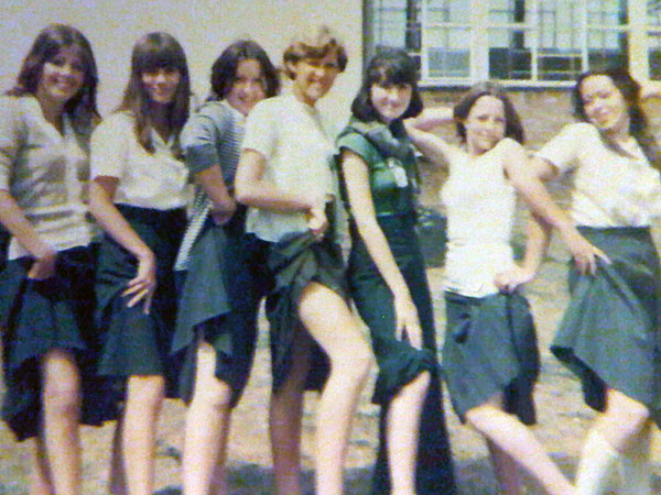 1976-Mayfield-Girls-3
