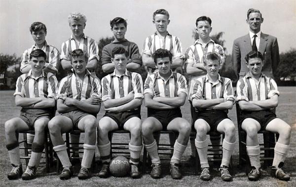 !958-59-Senior-Football-Team