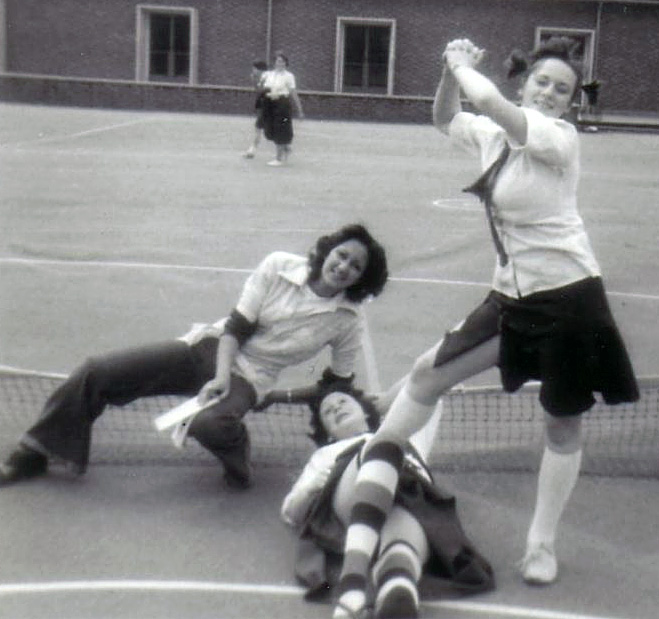 1976 Mayfield Girls